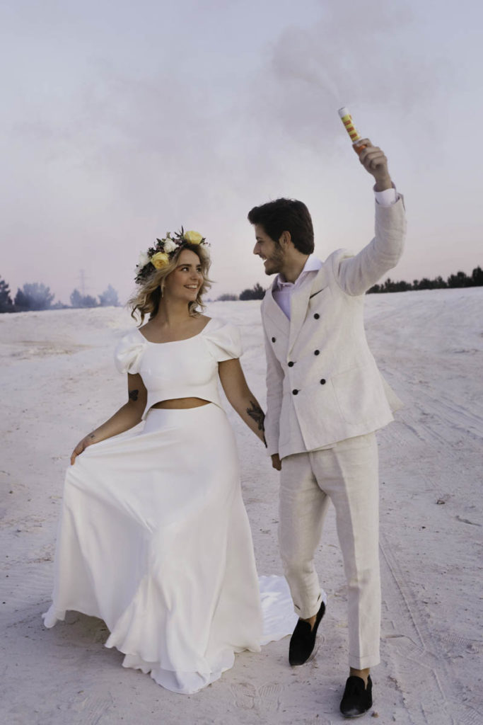 avond bruid en bruidegom rookstokje