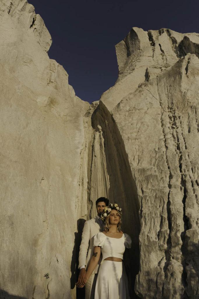 bruidspaar in klif bruiloft portugal