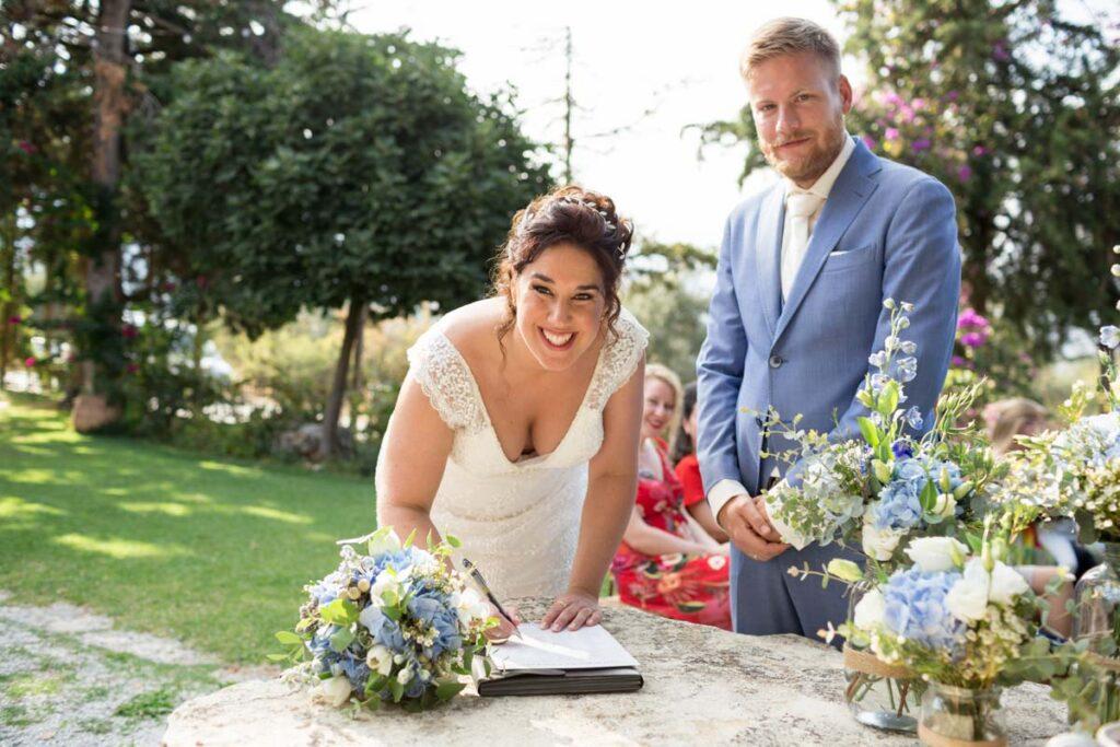 akte tekenen trouwceremonie